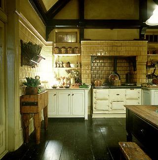 Practical-magic-kitchen-1