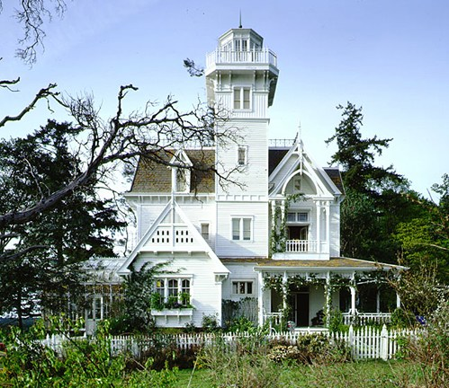 Practical-magic-victorian-greenhouse-side